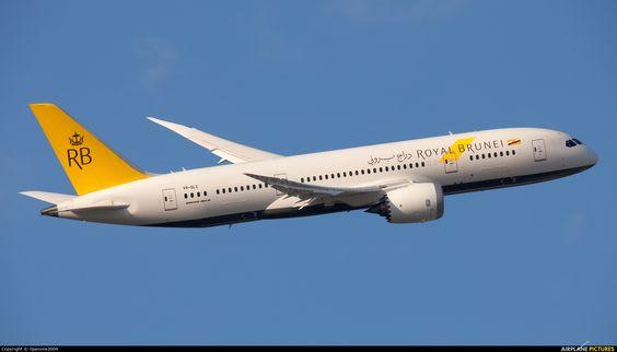 A Royal Brunei Airlines Boeing 787-8 Dreamliner (registered as V8-DLC) departing London-Heathrow International Airport