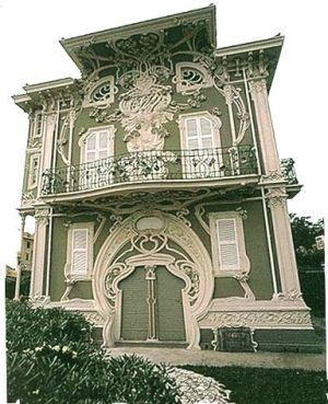 Art Nouveau edificio, Paris/ No ! Pesaro Italy. Villa Ruggeri Architect : Giuseppe Brega
