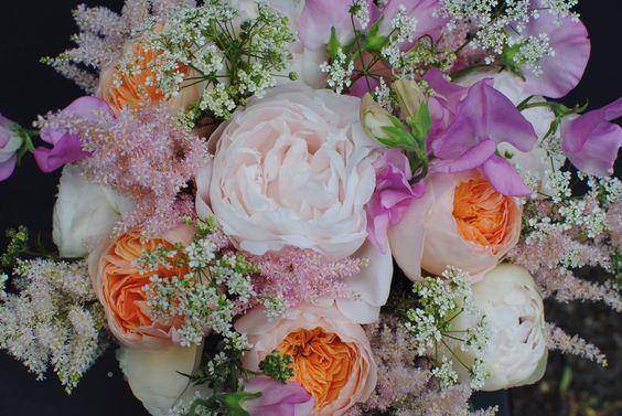 Perfect pastels from Catherine Short Floral Design on www.designerflora.co.uk #artisanflorists #pastels #flowers #roses