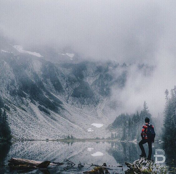 Snow lake, Washington, USA