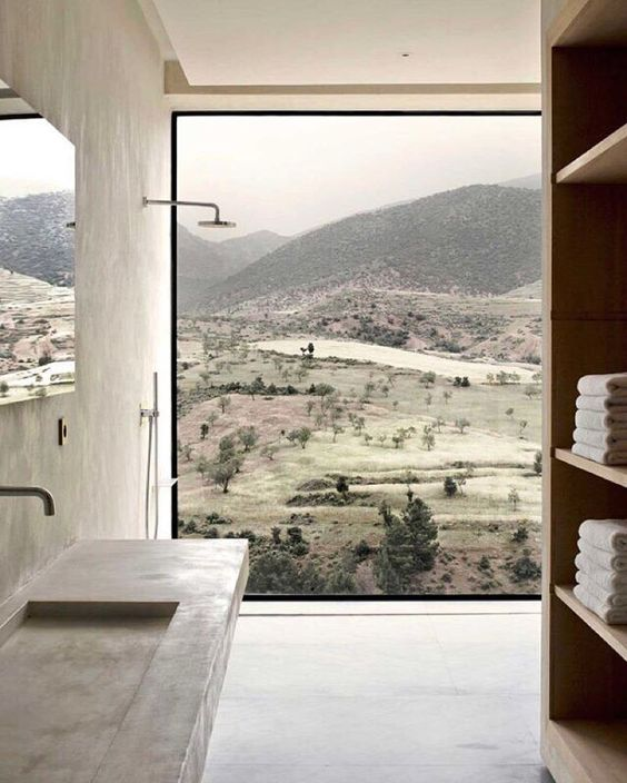 Our obsession with internationally lauded, Moroccan-based design firm Studio KO continues.... Villa E, Morocco. #studioKO #morocco #villaE #interiors #interiordesign #LCDinspo