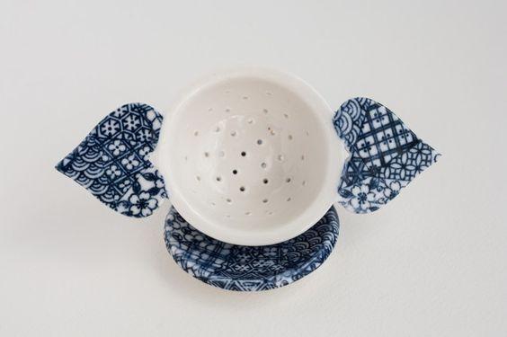 handmade porcelain tea strainer sets « pebuku pottery