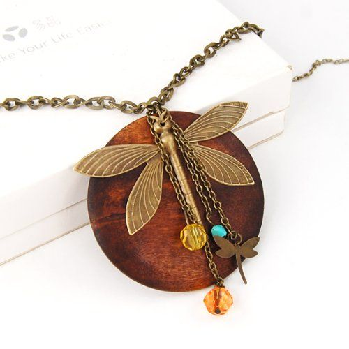 Fashion Lady Charming Wood Dragonfly Pendant Necklace Lovely Style