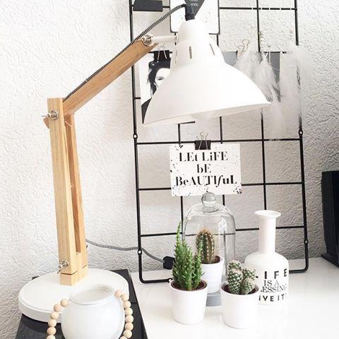Deze Scandinavische lamp van de action is zo mooi en ook goedkoop (€18,95)! Staat o.a. super leuk in een Scandinavisch interieur.: