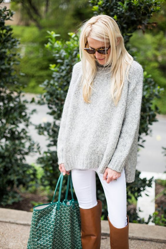 Oversized sweater + white jeans