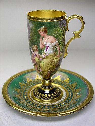 Hrníček na čokoládu * zelený zlacený porcelán s obrázkem
