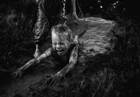 Série fotográfica estonteante retrata infância sem TV e Internet