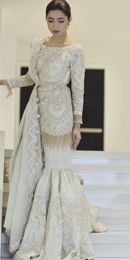 Faraz Manan In 2020 Pakistani Bridal Dresses Pakistani Wedding Outfits Designer Party Wear Dresses
