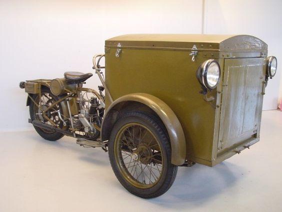 Ретро трицикл Motosacoche T 2A Triporteur 1930