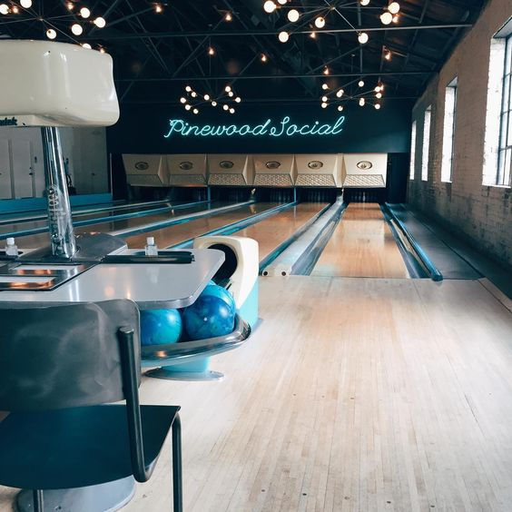 Kaitie Moyer (@kaitiemoyer) • Instagram photos and videos Pinewood Social in Nashville TN #bowling