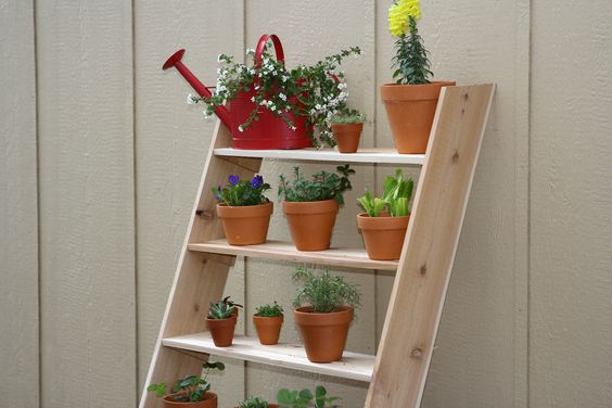 HD116 from our How-To Community can show you how to make your very own ladder style vertical garden! #DIY #Spring http://community.homedepot.com