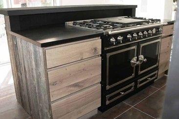 piano fourneaux la cornue cuisiniste bretagne haut de gamme sur mesure bois massif brut canada. Black Bedroom Furniture Sets. Home Design Ideas