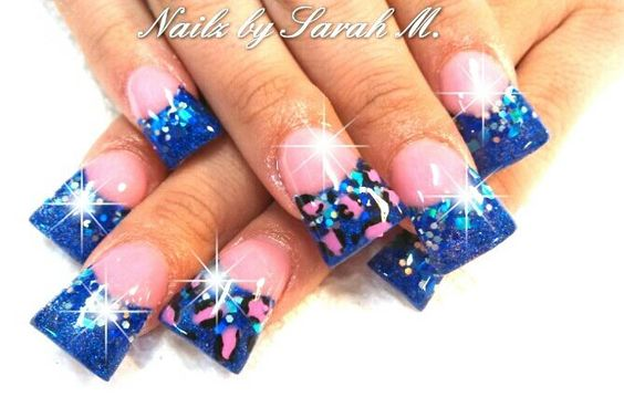 Cute blue duck feet nail art design idea | flare tip nails | fan nails | unas | ongles