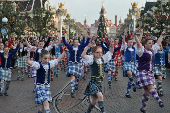 'A sea of tartan' at Disneyland Paris