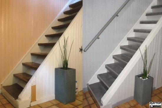 Modernisation D Un Escalier Bois A Morschwiller Le Bas 68790 Escalier Beton Escalier Bois Renovation Escalier Bois
