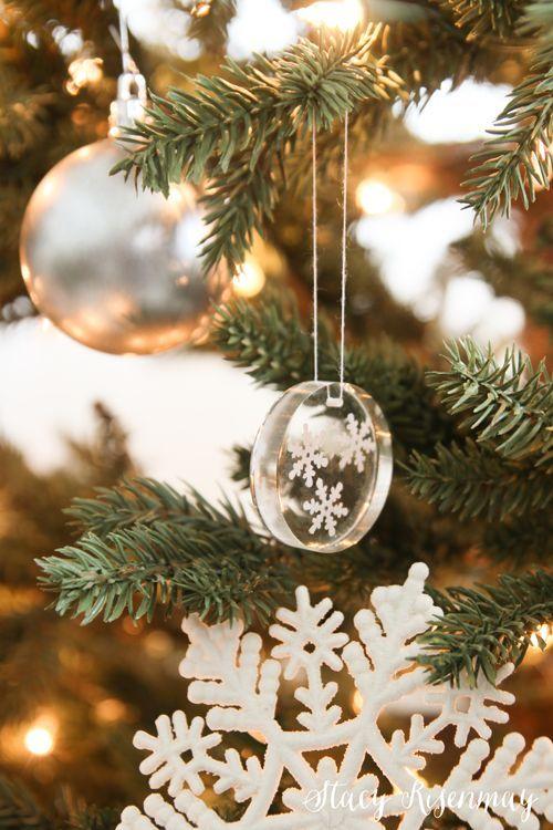 Snowflake Resin Ornaments Stacy Risenmay Diy Resin Ornaments Diy Christmas Ornaments Resin Diy