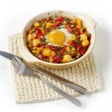 Groentepotjes met ei en salami