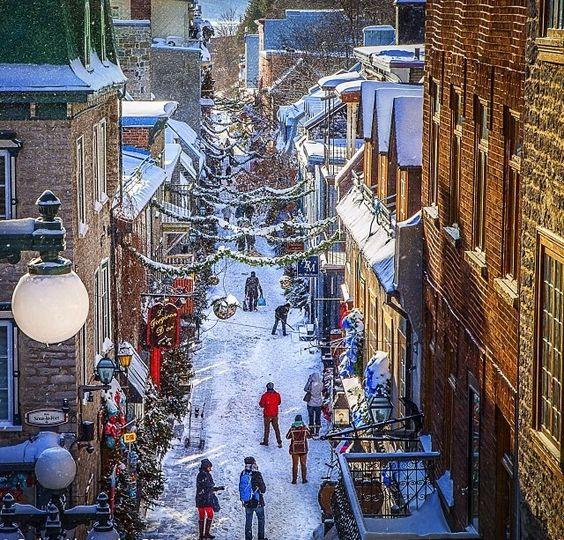 Montreal around Christmas time   Montreal - Je t'aime!   Pinterest ...