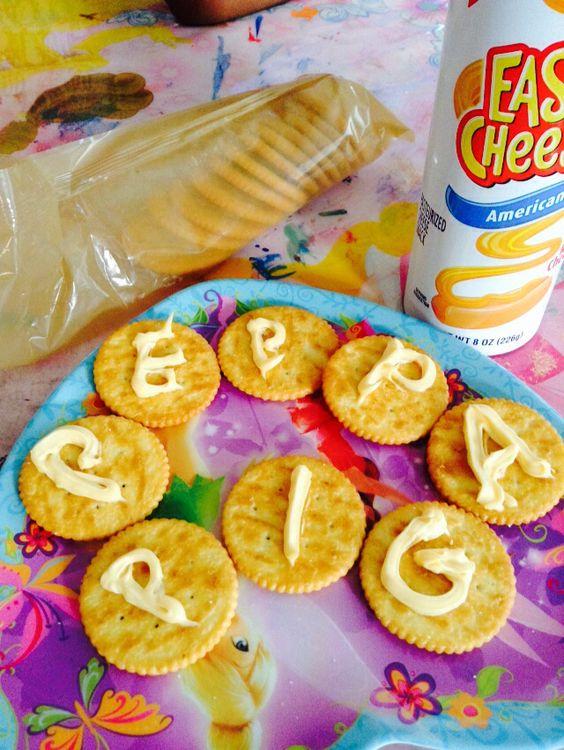 Peppa Pig crackers