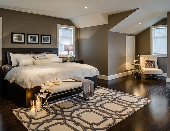 beautiful master bedroom. Love the rug idea at end of bed.