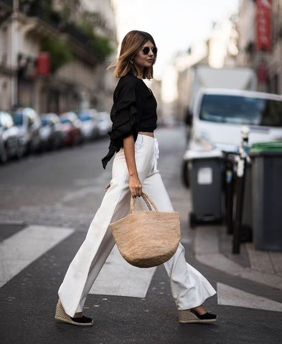 Dress up your linen pants with a dark button up blouse - instant city chic  | #ANGLbabe #city #chic #streetsyle