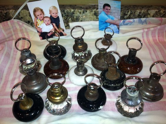 Old door knobs pic/ recipe holders