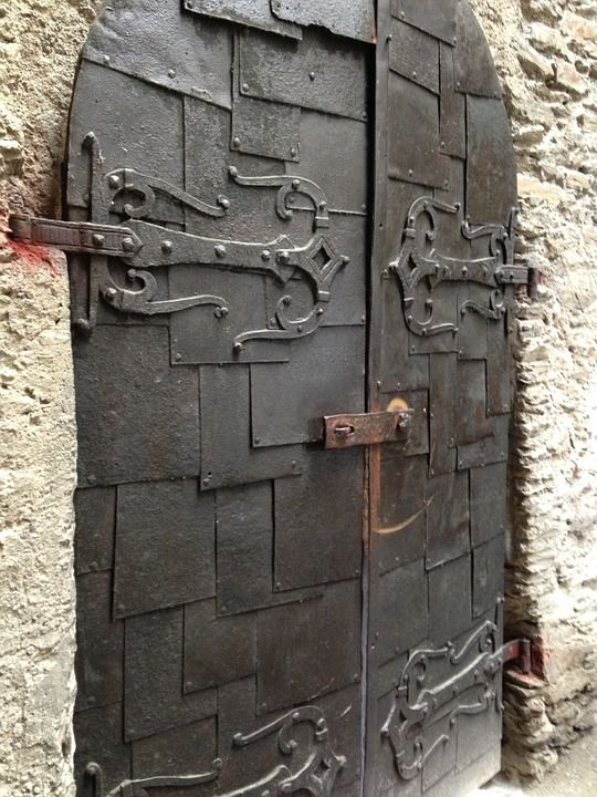 Pixabayの無料画像 城 ドア 中世 歴史的に ヒンジ式ドア 鍛造鉄