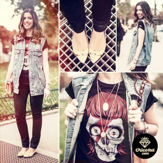Direto de Paris, a querida Camila Coutinho do @Garotas Swimwear Estúpidas usando nossa camiseta Bowie Skull. ;)  www.chicorei.com