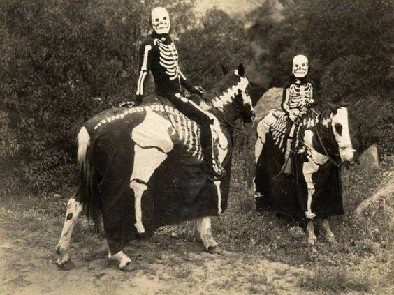 Halloween Costumes Were Much Scarier In 1900 - All Day