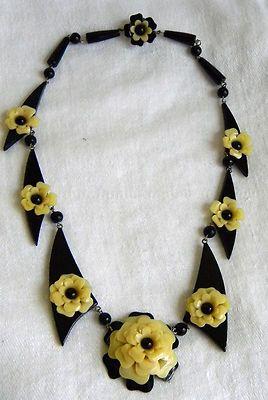 Celluloid & Bakelite necklace.