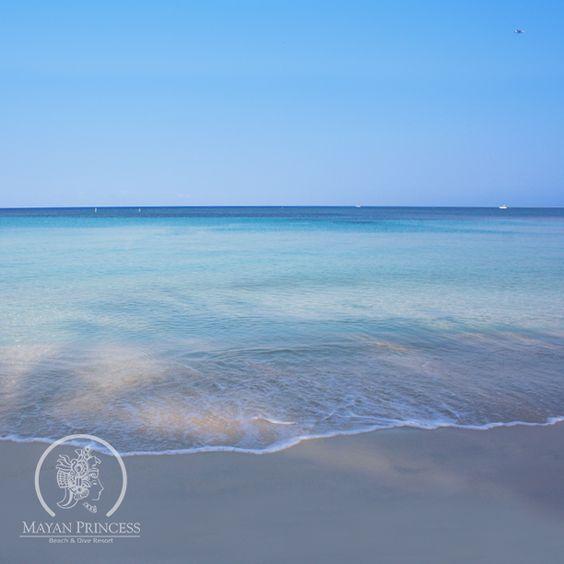 Crystal blue water. #Roatan