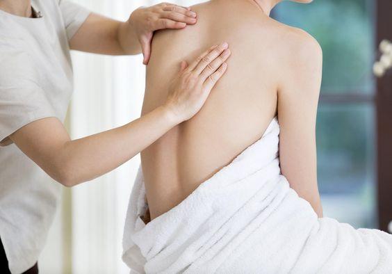 Kiné, ostéo ou chiropracteur : de quel praticien avez-vous besoin ? - Elle