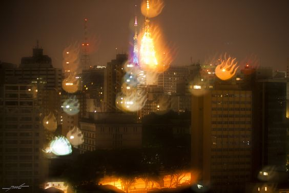 São Paulo double long exposure with Bokeh fire balls mask!