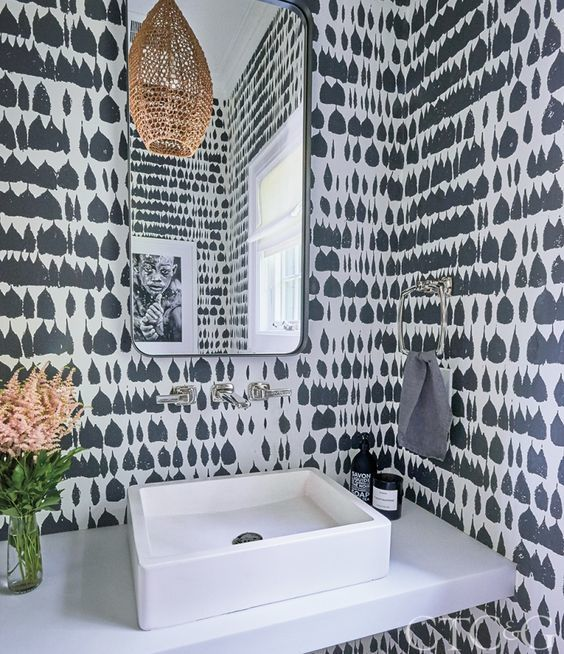 Schumacher Queen Of Spain Wallpaper Black 5005881 Priced And Sold By The Yard 8 Yard Minimum Order Must Order In Increments Of 8 Powder Room Wallpaper Bathroom Wallpaper Trends Bathroom Decor