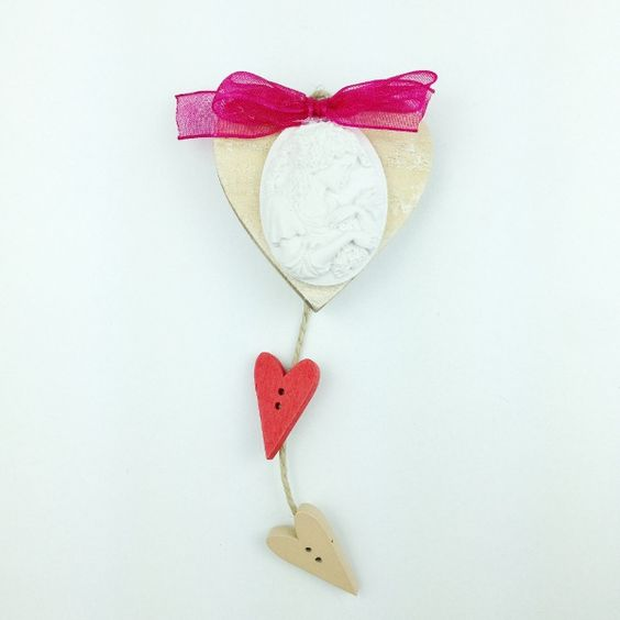 Cuore Cammeo Ragazza handmade wood heart and chalk cammeo decoration only by Daffodil Bijoux