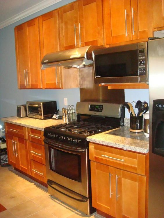 honey colored kitchen cabinets | RTA Cabinet Broker - 1R ... on What Color Granite Goes With Honey Maple Cabinets  id=75127