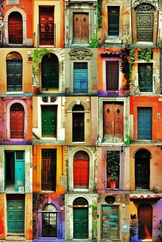 de variados tipos, de variadas belezas. portas com os rostos de varias arquiteturas. ~^: