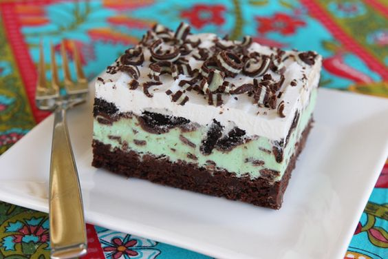 A friend made this the other night.  She said use the 9x9 brownie mix in a 9x13 pan for a thinner brownie (which is best).  If you are a fan of mint you will LOVE this!