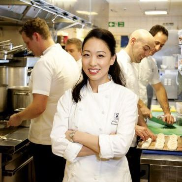 Leaving behind everything to chase our dreams is terrifying. Could you give up everything and dedicate yourself 100% toward one goal? Judy Joo tells us how she went from working as a high-paid Wall Street analyst to going back to school in order to learn how to be a chef. http://www.stansberryradio.com/James-Altucher/Latest-Episodes/Episode/645/Ep-30-Iron-Chef-Judy-Joo-How-She-Quit-Wall-Street-To-Choose-Herself