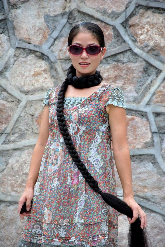 Xia Aifeng - Scarf with braid - ChinaLongHair
