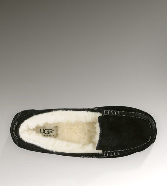 I wanna put my feet in these this winter!