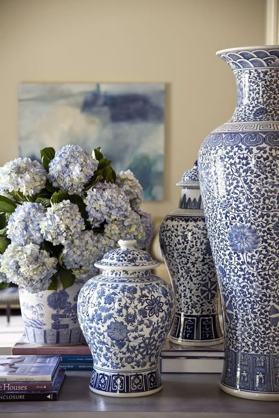The classic combination of decorating with blue & white is a design favorite, especially for spring & summer! Click here for beautiful blue & white inspiration. Hadley Court | Interior Design #blueandwhitedecor