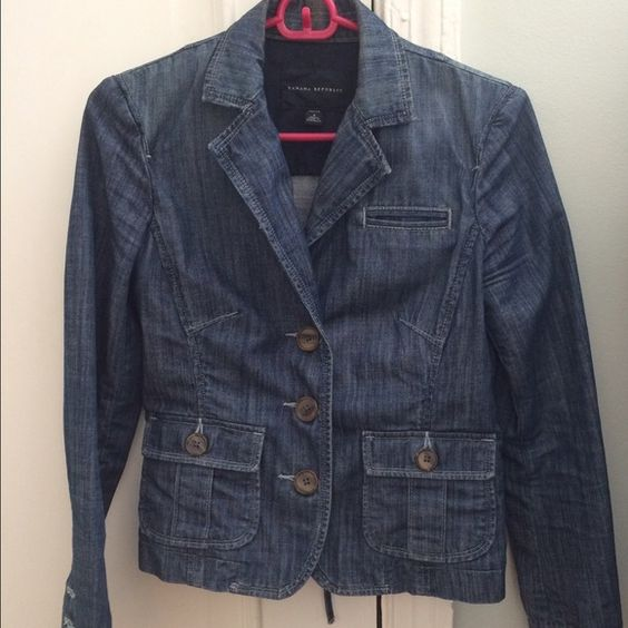 Banana republic denim jacket Dressy blazer style denim jacket with cute tie in back. I wore this jacket quite a lot but is in great condition. I always got compliments! Size 4p, but I'm currently a 2p and it still fits. Banana Republic Jackets & Coats Jean Jackets
