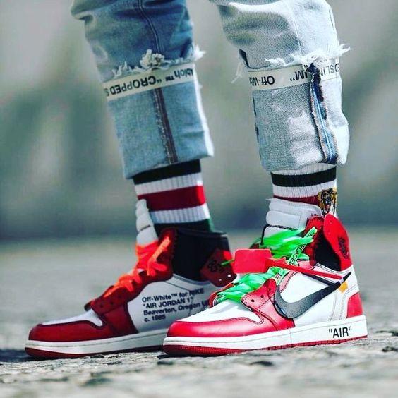 Nike Air Jordan 1 x Off-White The Ten. Still my favorite in this pack. . #nike #airjordan #aj1 #offwhite #theten #sneaker #sneakers #sneakermag #sneakerhead #sneakerporn #shoeporn #sneakerstyle...