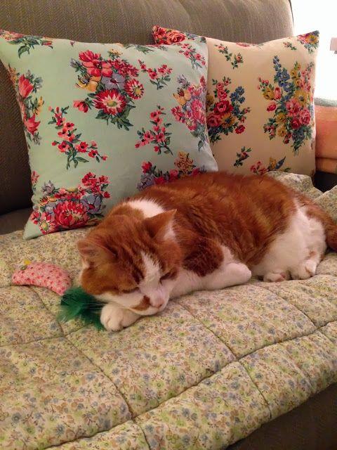 kitty cat & sweet homemeade mushy floral cushion love ~ HenHouse