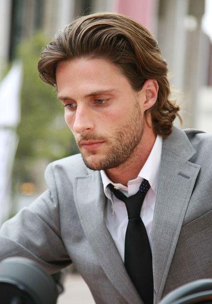 The bro flow medium length hairstyle
