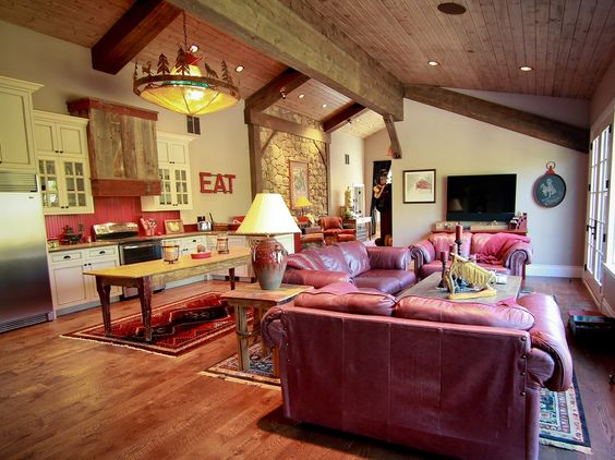 Barn with living quarters the o 39 jays and garage on pinterest for Barn loft apartment plans