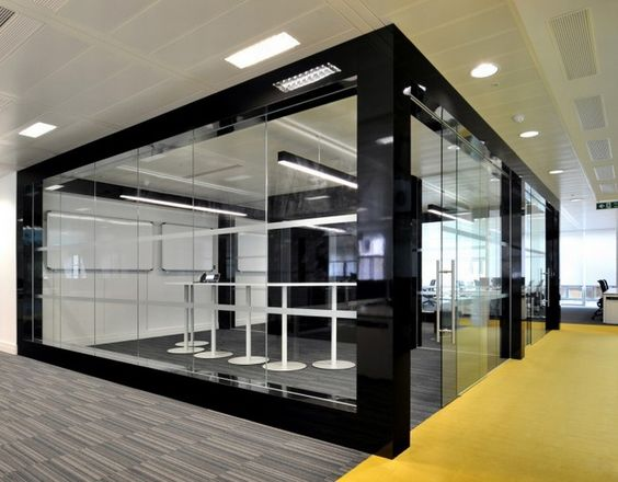 Monitise headquarters by Morgan Lovell, London. Great color combination.