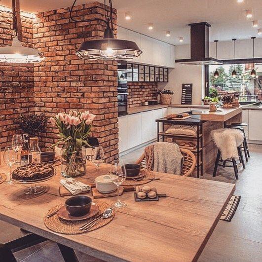 Kuchnia Z Wyspa I Jadalnia W Czerwonych Ceglach Lovingit Pl Home Decor Kitchen Modern Kitchen Apartment Open Plan Kitchen Living Room