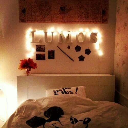 Harry potter inspired room bedroom pinterest harry for Room decor harry potter